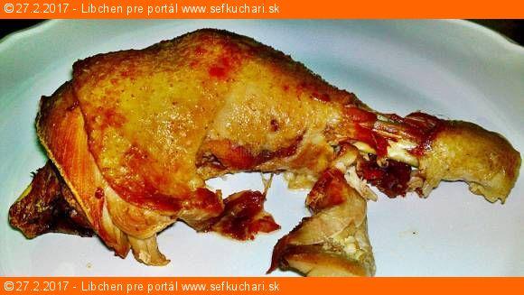 Pečená domáca sliepka varená v slepačej polievke