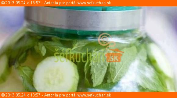 Detoxikačná voda