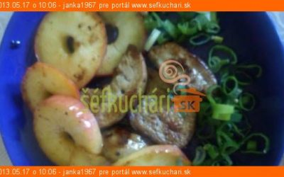 Husacia pečeň s jablkami