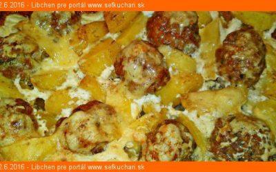 Mäsové guľôčky so zemiakmi zapekané so smotanou a so syrom