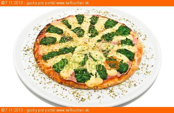 Špenátovo šunkovo syrová pizza